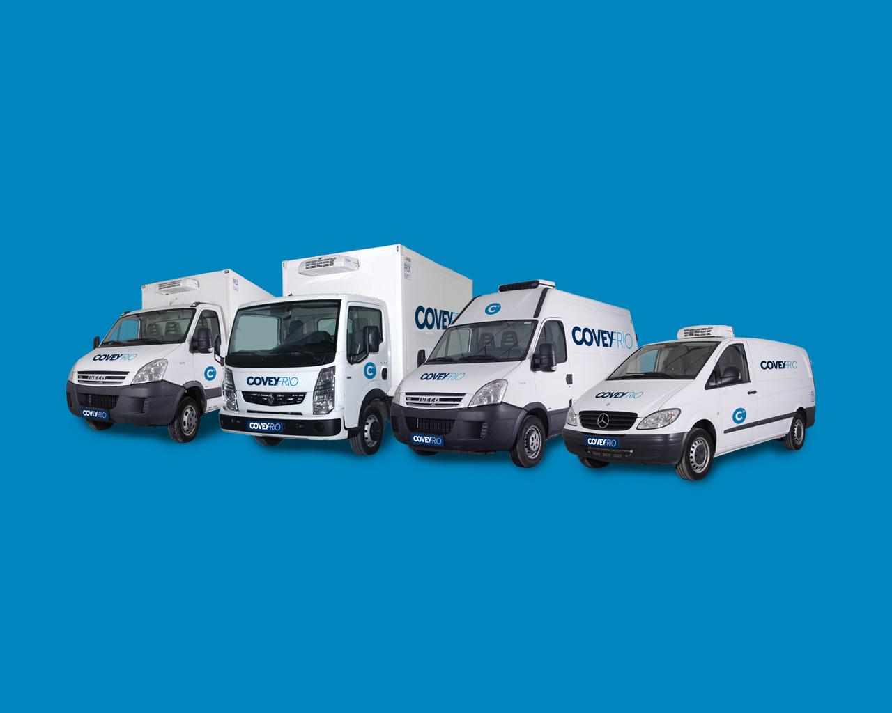 Rotulación de la flota de vehículos frigoríficos Covey Frío - Diseño Momo & Cía.